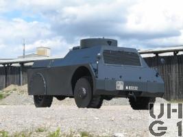 Mowag Panzerattrappe Pz Attrw sch gl 4x4