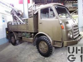 Steyr A 680 g, Repw M Flab sch gl 4x4 ohne Verdeck mit Ladekran