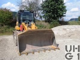 Liebherr LR 624, Ladeschaufel Aufreisser GG 19,2 t Raupen