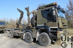 IVECO Trakker AT-N 410 T 50 W/P Lastwagen Wechselabrollaufbau/Haken Con 13,7 t 8x8