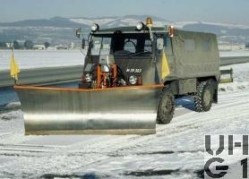 Steyr Puch Pinzgauer 710 M, Lieferw 1,0 t gl 4x4 für Schneepflug, Bild Armasuisse