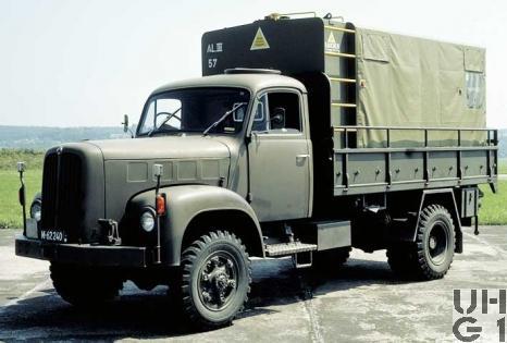 Saurer 2 DM, Lastw 4,9 t gl 4x4 mit Heli-Container